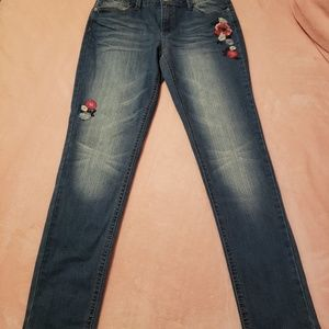 Adorable size 14 Mudd distressed jeans